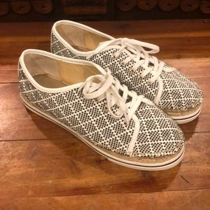 Super Cute  Black & White Espadrilles